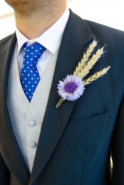 wheat_button_hole_for_wedding_
