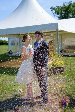ShropshirePetals.com_Confetti_over_couple_from___11.95_per_litre__2_