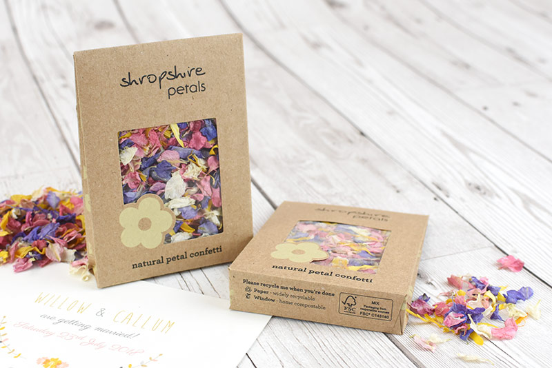 BLOG_Shropshire_Petals_Compostable_Kraft_Individual_Confetti_Sachets___with_Tutti_Fruity__04_800px_530px_web